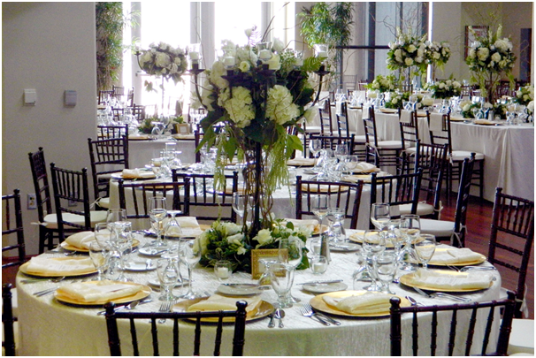 Great Catering Ideas for an Outdoor Event