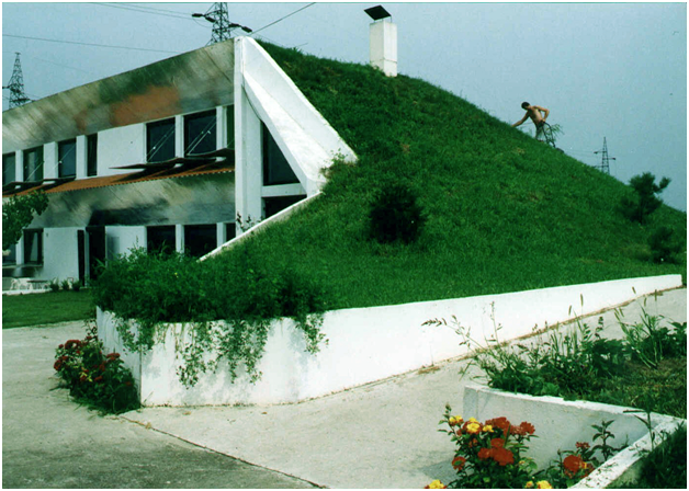 This eco house produces enough solar energy to share2